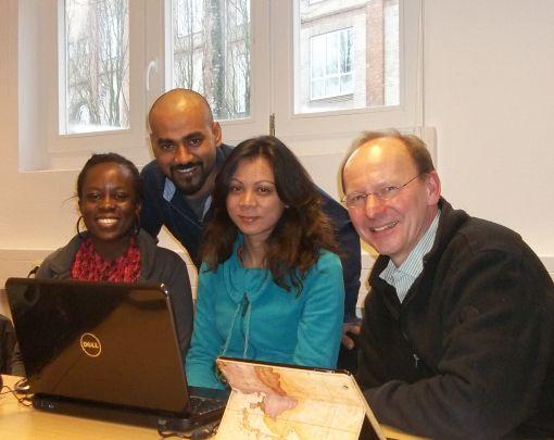 Light of Hope – Kenia Team:  Michelle Akute, Waliullah Bhuiyan, Tripti Prajapatiour, Peter Heßbrüggen (EEM)