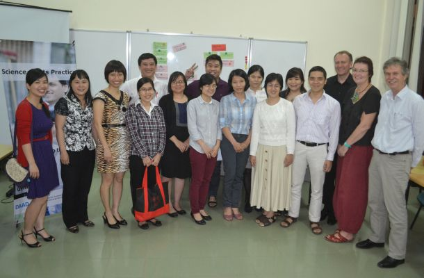 Science meets practice: Alumni, scholarship holders and employers getting to know each other in Hanoi Photo: DAAD Hanoi