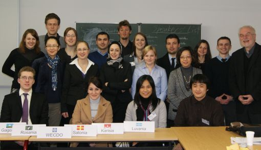 In Planspielen simulieren die Studierenden Verhandlungen zu fiktiven oder realen Konflikten © Friedens- und Konfliktforschung Universität Magdeburg