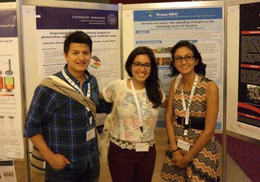 Die DAAD-Stipendiaten Jose Miguel Acosta Barbosa, Ana Maria Perez Arredondo und Jennifer Rodriguez Franco (v.l.n.r.) beim Tropentag in Berlin