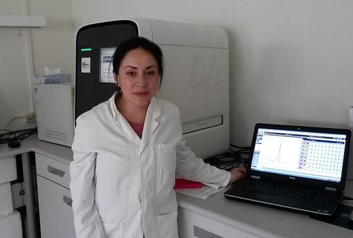 Im Labor: Paloma Morales forschte an der Entwicklung neuer Kartoffelsorten